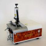 ポータブル皮漉機を「大阪ミシンショー2019」に出展/ニッピ機械